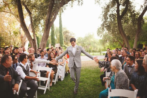 an-alpaca-almost-stole-the-spotlight-in-this-hummingbird-nest-ranch-wedding-32