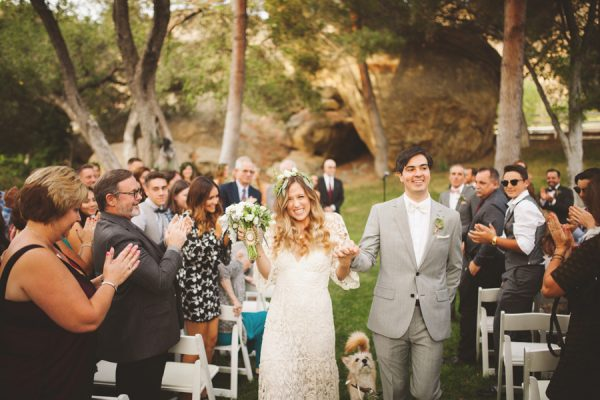 an-alpaca-almost-stole-the-spotlight-in-this-hummingbird-nest-ranch-wedding-39