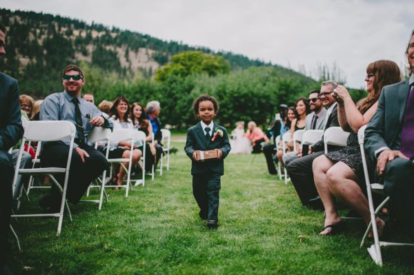 find-your-rustic-diy-inspiration-in-this-kelowna-mountain-wedding-12