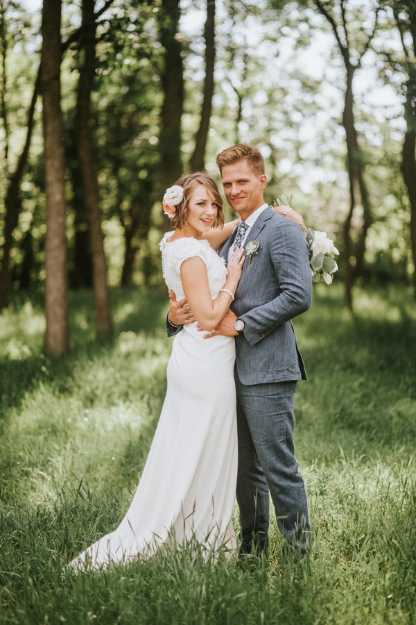 this-couple-achieved-a-dreamy-woodland-affair-for-their-lds-wedding-in-denver-28