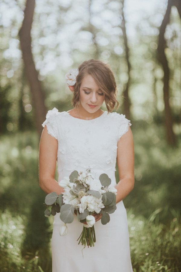 this-couple-achieved-a-dreamy-woodland-affair-for-their-lds-wedding-in-denver-31