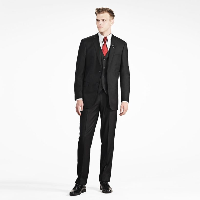 black notch lapel suit from gentux