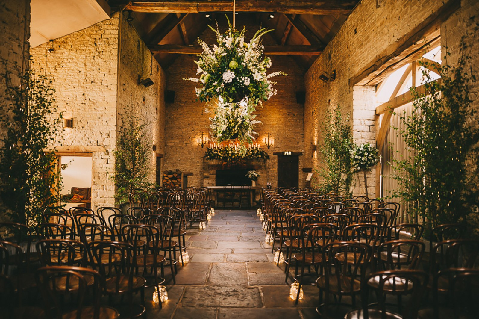 3 Ways To Style A Barn Wedding-3
