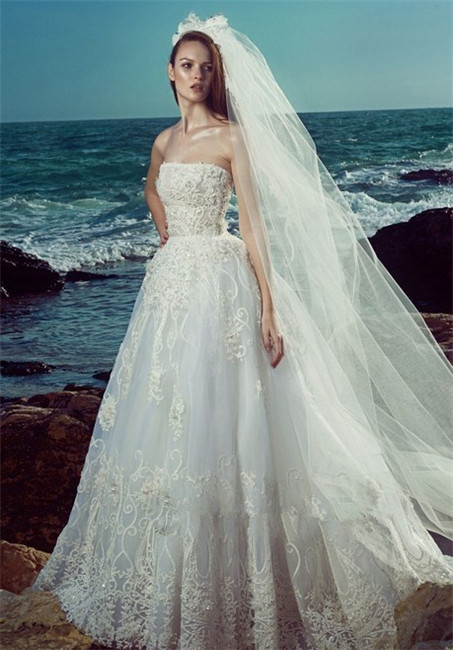 Hollow lace wedding dress-5